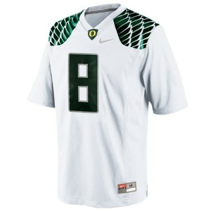Men Oregon Ducks #8 Marcus Mariota White Nike Stitch Jersey